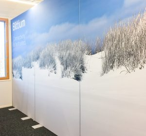 <span>AKUprintti room dividers for new Bittium office Oulu</span><i>→</i>
