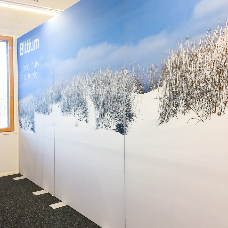 AKUprintti room divider at Bittium Oulu - Hailuoto square