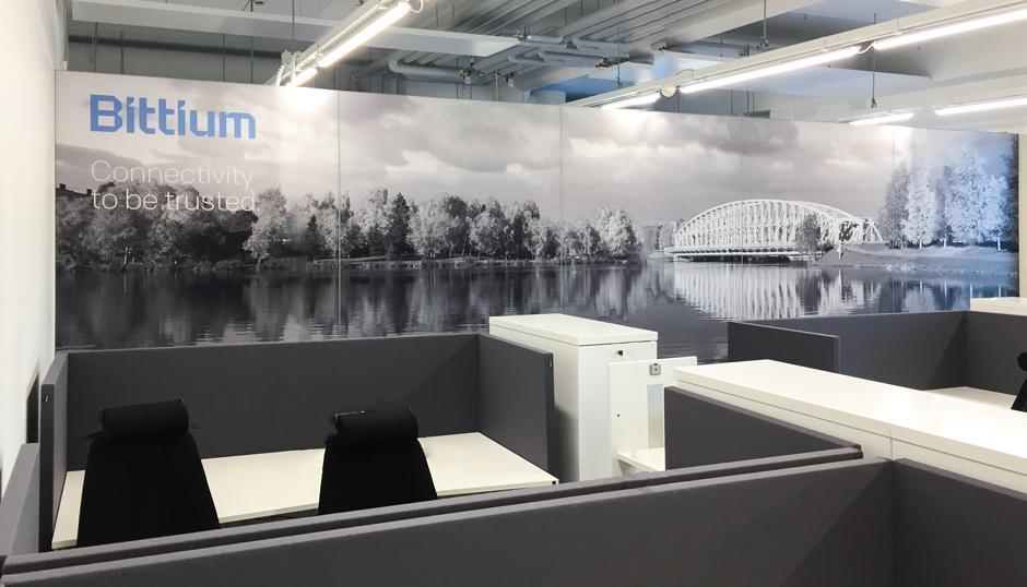 AKUprintti room divider at Bittium office - Oulu bridge